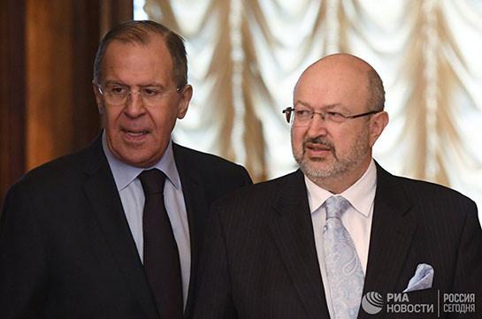 Лавров назвал непрофессиональными заявления Вашингтона о поставках Россией вооружения талибам