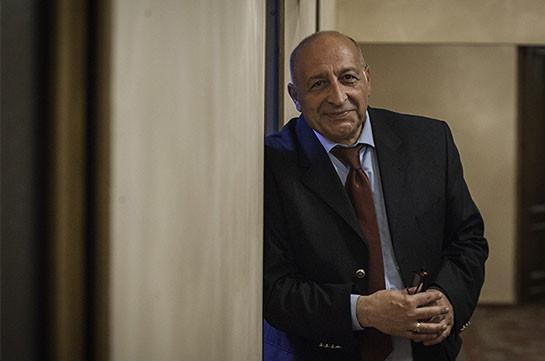 Արմեն Էլբակյանն արժանացել է ՀՀ ժողովրդական արտիստի պատվավոր կոչման