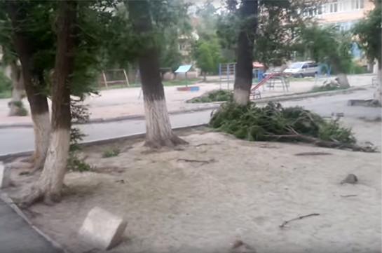 Ураган в Казахстане: погибли трое