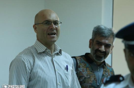 Варужан Аветисян обвинен в призыве к насильственному изменению конституционного строя
