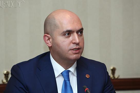 Ашотян: В повестке Армении нет и не предполагается придание русскому языку официального статуса, вопросом спекулируют российские СМИ