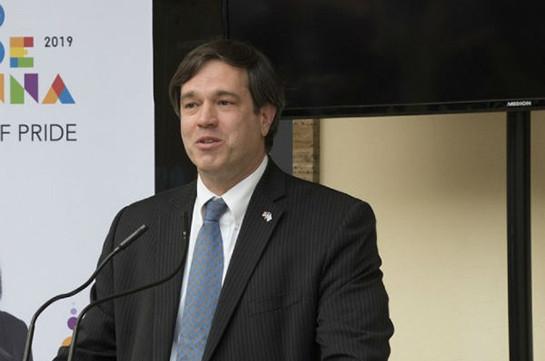 Эндрю Шефер: Справедливое урегулирование карабахского конфликта должно быть основано на международном праве