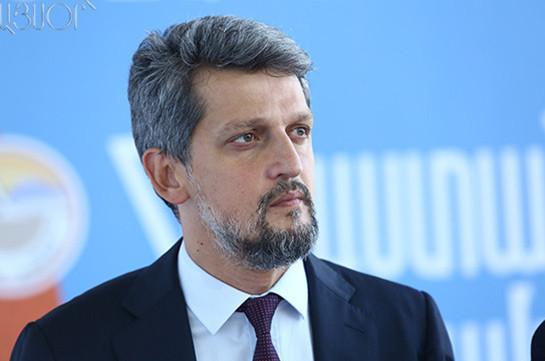 Депутат-армянин парламента Турции намерен открыть дверь диалога с Арменией