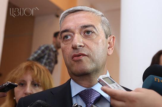Ժամանակին չի արգելվել, բայց ինչ-որ մի օր պետք է գա, որ կանոնակարգենք. Վահան Մարտիրոսյանը՝ աջ ղեկով մեքենաների շահագործման արգելքի մասին
