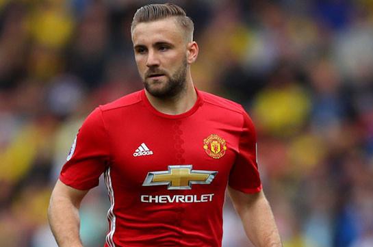 «Манчестер Юнайтед» планирует реализовать Люка Шоу