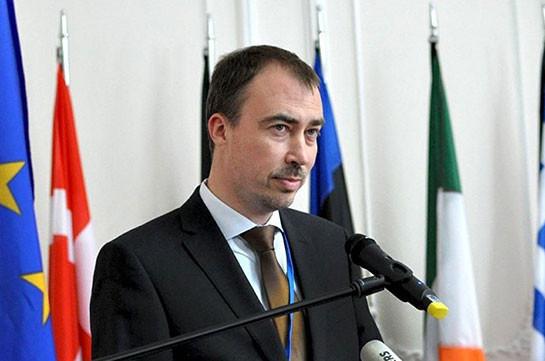 Новый спецпредставитель ЕС обсудит в Ереване и Баку процесс карабахского урегулирования