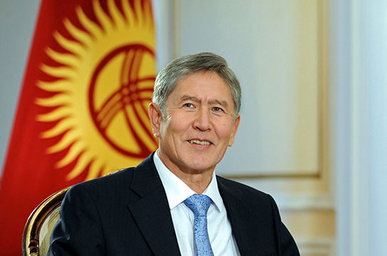 Экс-президент Киргизии Атамбаев выпустил клип на свою песню «Осенний вальс»