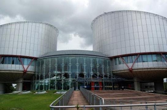 Шесть азербайджанских переселенцев отсудили компенсацию уАрмении
