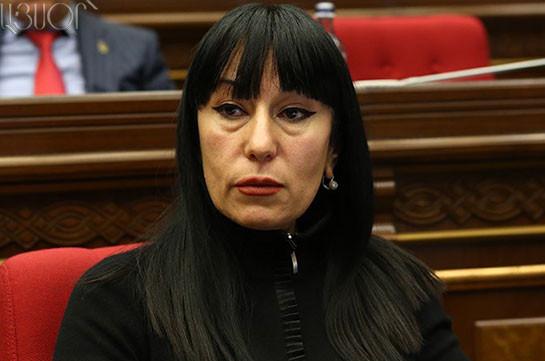 В парламенте Армении решили работать без перерывов