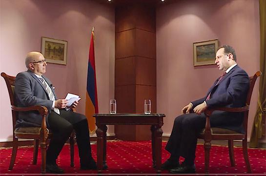 Виген Саркисян призвал врачей ответственно относиться к делу, которое влияет на боеспособность армии