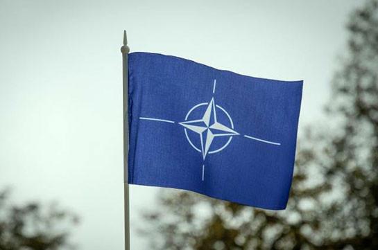 Столтенберг рассчитывает наактивизацию разговора НАТО сРФ в 2018г