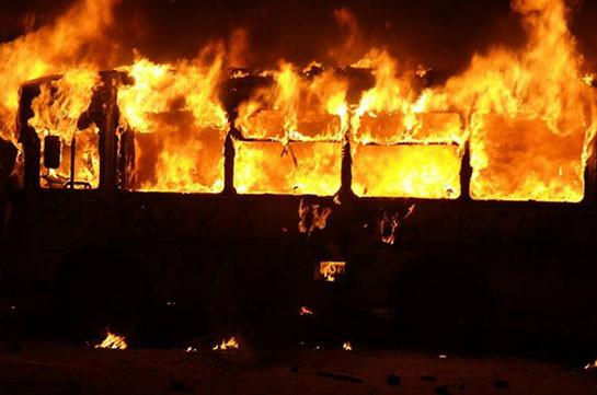 В Грузии сгорел пассажирский автобус рейса Азербайджан - Турция