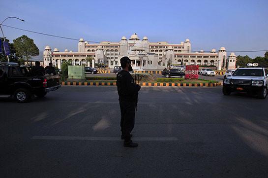 Пакистан сделал резкие заявления вотношении США иприостановил сотрудничество