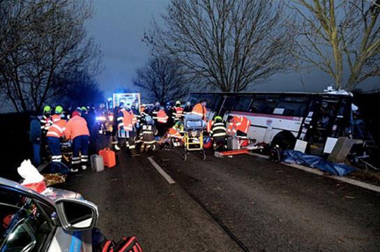 Жертвами ДТП в Чехии стали три человека, десятки пострадали