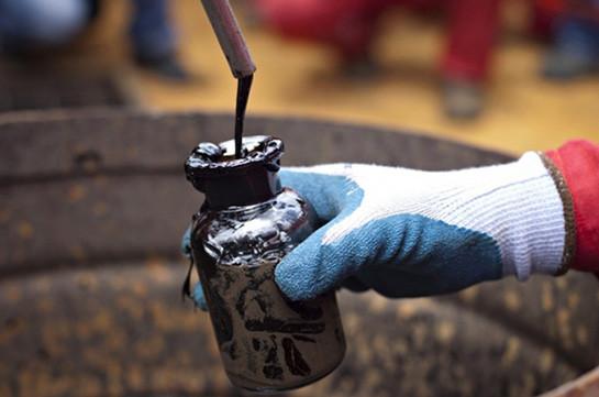 Цена нанефть марки Brent вначале рабочей недели незначительно увеличилась