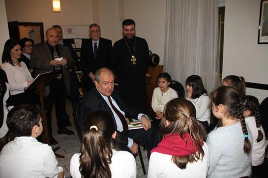 Արտերկրի հայ համայնքի հետ հանդիպման ժամանակ Արմեն Սարգսյանը ներկայացրել է ընտրվելու դեպքում իր հիմնական անելիքները
