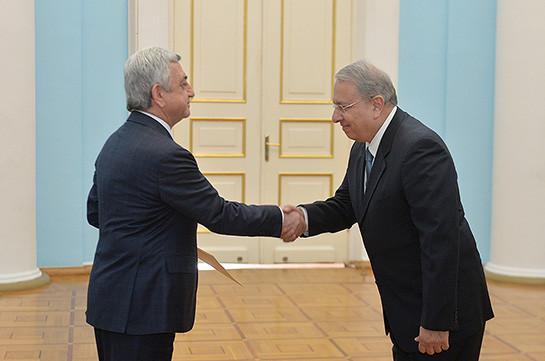 Новый посол Кипра вручил верительные грамоты президенту Армении