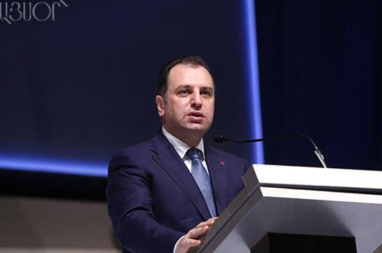 На выставке ArmHiTech будут новые разработки ВПК – министр обороны