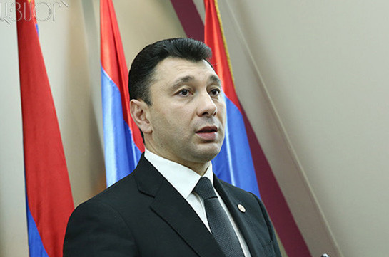 Эдуард Шармазанов отбывает в Санкт-Петербург для мониторинга президентских выборов