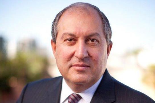 Дональд Туск и Жан-Клод Юнкер поздравили Армена Саркисяна с избранием президентом