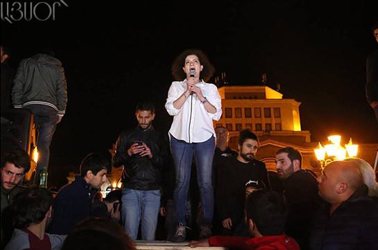 Мы должны руководствоваться нашими принципами – на митинге в Ереване выступила супруга Пашиняна