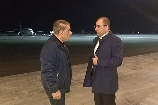 Ара Баблоян из аэропорта «Звартноц» отправился на встречу с задержанными депутатами Микаеляном, Мирзояном и Пашиняном