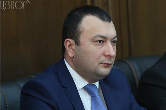 Совещание парламента Армении несостоялось из-за отсутствия кворума