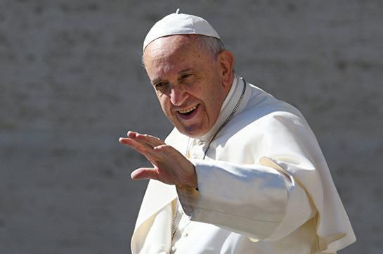 Папа Римский намерен возвести в сан 14 новых кардиналов
