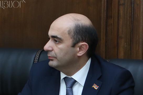 Не знаю об основаниях обеспокоенности в связи с назначением начальника Генштаба – Эдмон Марукян