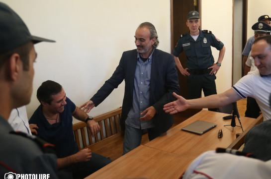 Ժիրայր Սեֆիլյանը, Գևորգ Սաֆարյանը և մյուսներն ազատ արձակվեցին. Լուսանկարներ