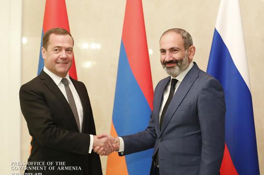 Հայ-ռուսական հարաբերությունները զարգանում են վստահ և դինամիկ. կայացել է Նիկոլ Փաշինյանի և Դմիտրի Մեդվեդևի հանդիպումը