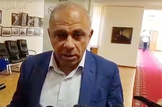 Միաբջիջ մարդ է. ոչ մեկն այս երկրում չի կարող ինձ վարկաբեկել. Ալիկ Սարգսյանը՝ Արարատի նախկին մարզպետի մասին (Տեսանյութ)