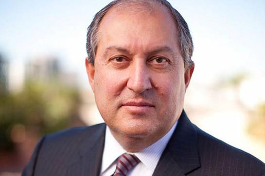 Президент Армении поздравил главу Узбекистана с днем рождения