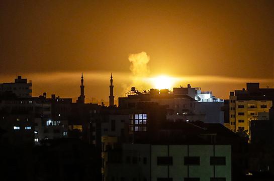 Израильские войска атаковали позиции палестинцев в ответ на обстрел из Газы