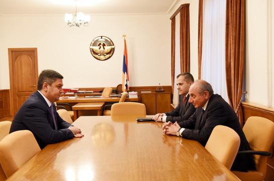 Բակո Սահակյանն ու Արթուր Վանեցյանը քննարկել են անվտանգության ոլորտում հայկական երկու պետությունների համագործակցությանը վերաբերող հարցեր