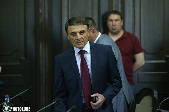 Փաստաբանները Վալերի Օսիպյանին կոչ են անում չառաջնորդվել Արամ Վարդանյանի (Վստրեչի Ապեր) հետ նախկինում ունեցած անձնական կոնֆլիկտով