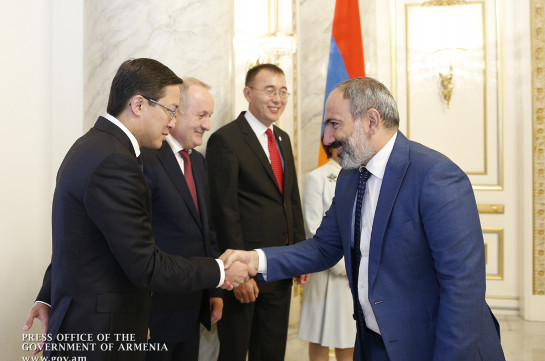 Пашинян: Несмотря на революцию, армянский драм продолжает сохранять свою стабильность