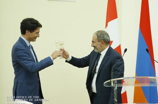 """Armenian PM describes his Canadian counterpart as """"piece of light"""" (photos)"""