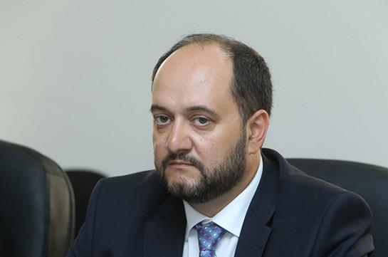 Не делайте так, просто не делайте – Араик Арутюнян обратился к директорам школ