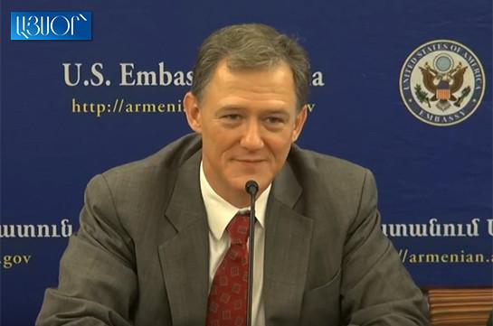 Մենք պատրաստ ենք աշխատել Հայաստանի հետ, օրակարգը Հայաստանինն է. ԱՄՆ պետքարտուղարության պաշտոնյա (Տեսանյութ)