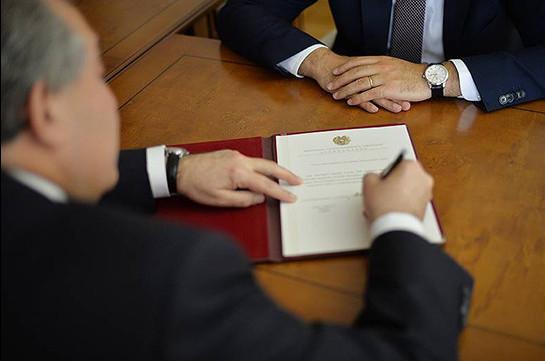 Նախագահ Արմեն Սարգսյանն ընդունել է Հայաստանի կառավարության հրաժարականը