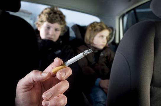 В Бельгии курящим при детях водителям грозит штраф до тысячи евро