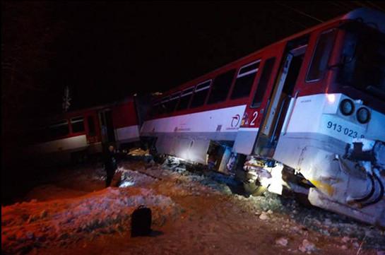 Սլովակիայում մարդատար գնացքն ու բեռնատարը միմյանց են բախվել
