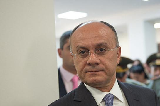 Экс-министру обороны Армении предъявлено обвинение по делу «1 марта»