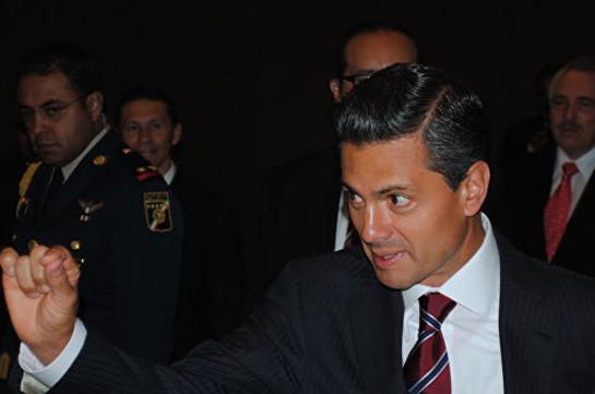 Экс-президента Мексики обвинили в получении взяток от наркобарона Коротышки
