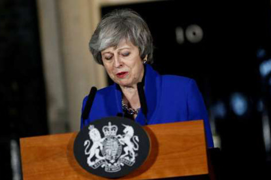 The Telegraph: բրիտանացի նախարարները Մեյին սպառնում են զանգվածային պաշտոնաթողություններով
