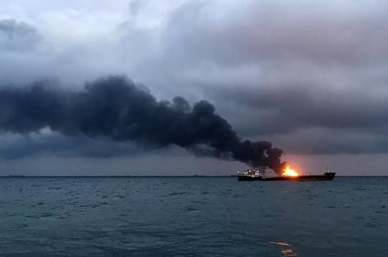 В результате пожара на судах в Черном море погибли 10 человек
