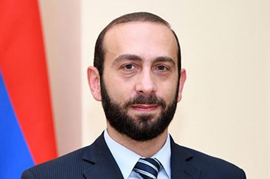 Спикер парламента Армении с рабочим визитом отправился в Арцах