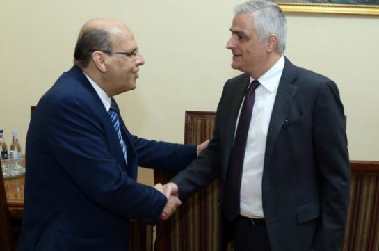 Մհեր Գրիգորյանը Եգիպտոսի դեսպանին է ներկայացրել ԵԱՏՄ-ի հետ ազատ առևտրի համաձայնագրի շուրջ բանակցությունների ընթացքը