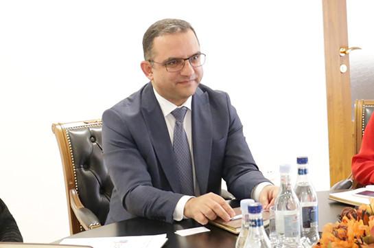 Հայաստանում Չեխիայի դեսպանի հետ քննարկվել են հայ-չեխական առևտրաշրջանառության ծավալները